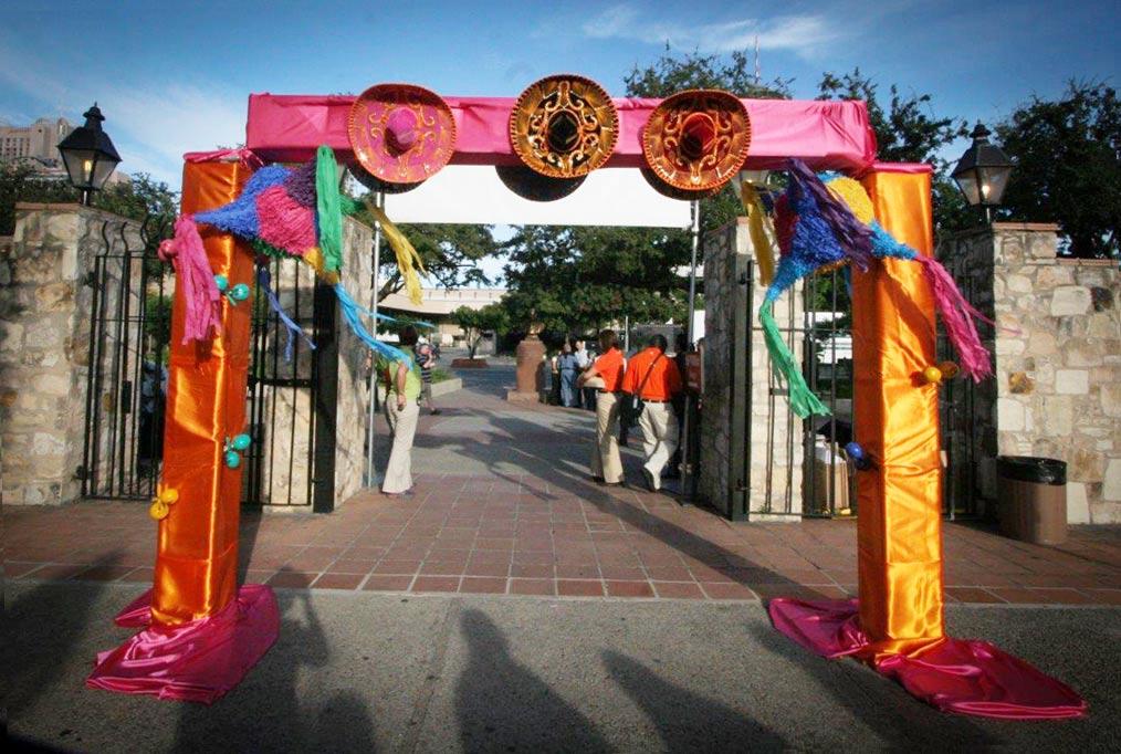 Fiesta-at-LaVillitaBob_002